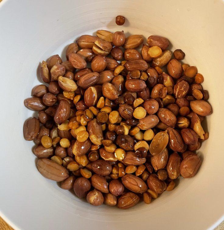 Fried peanuts, chana dal, urad dal